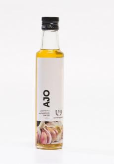 Aceite de oliva aderezado con Ajo escamas  250ml